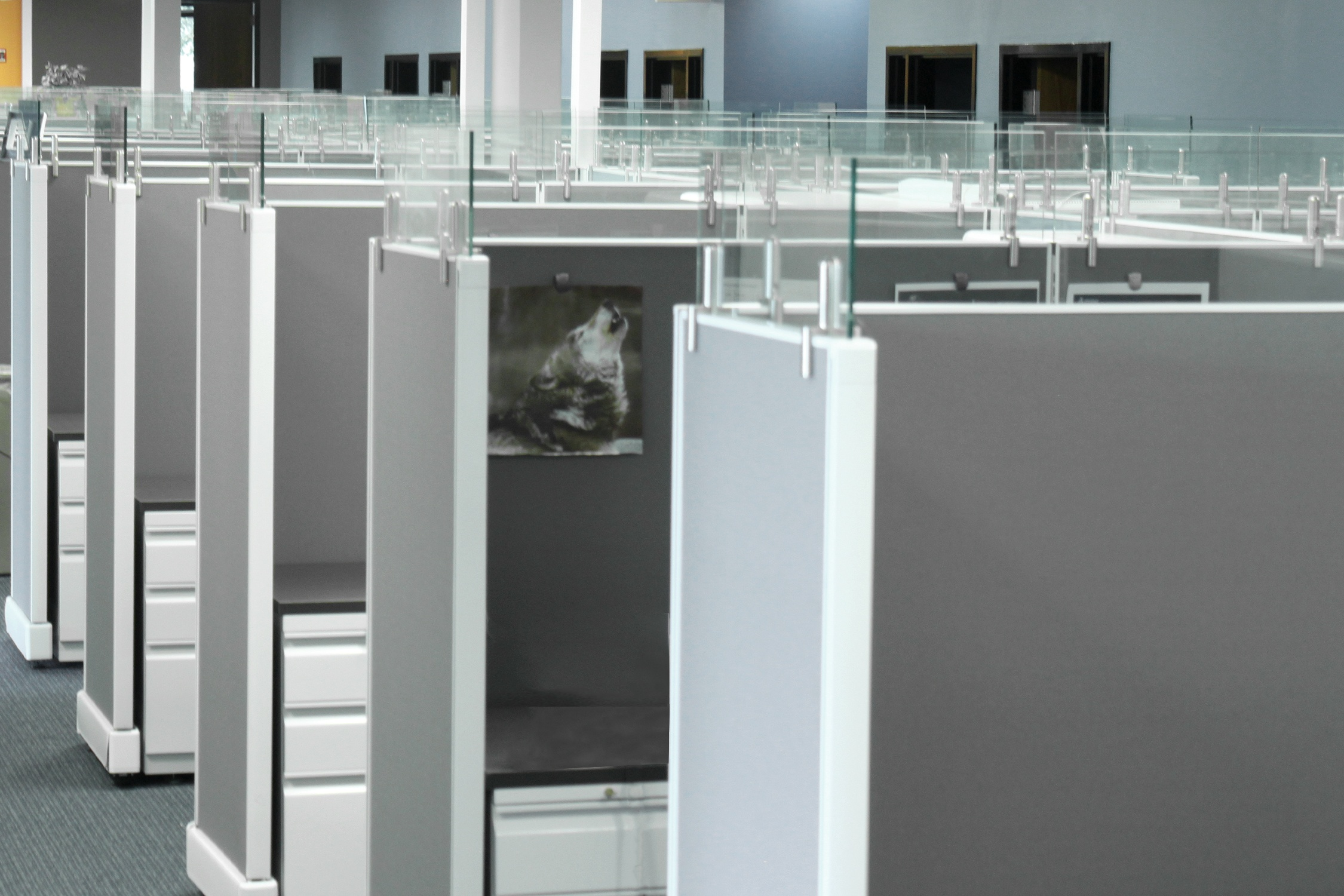 Refurbished workstations in a Buffalo Grove Engineering Consultation Firm