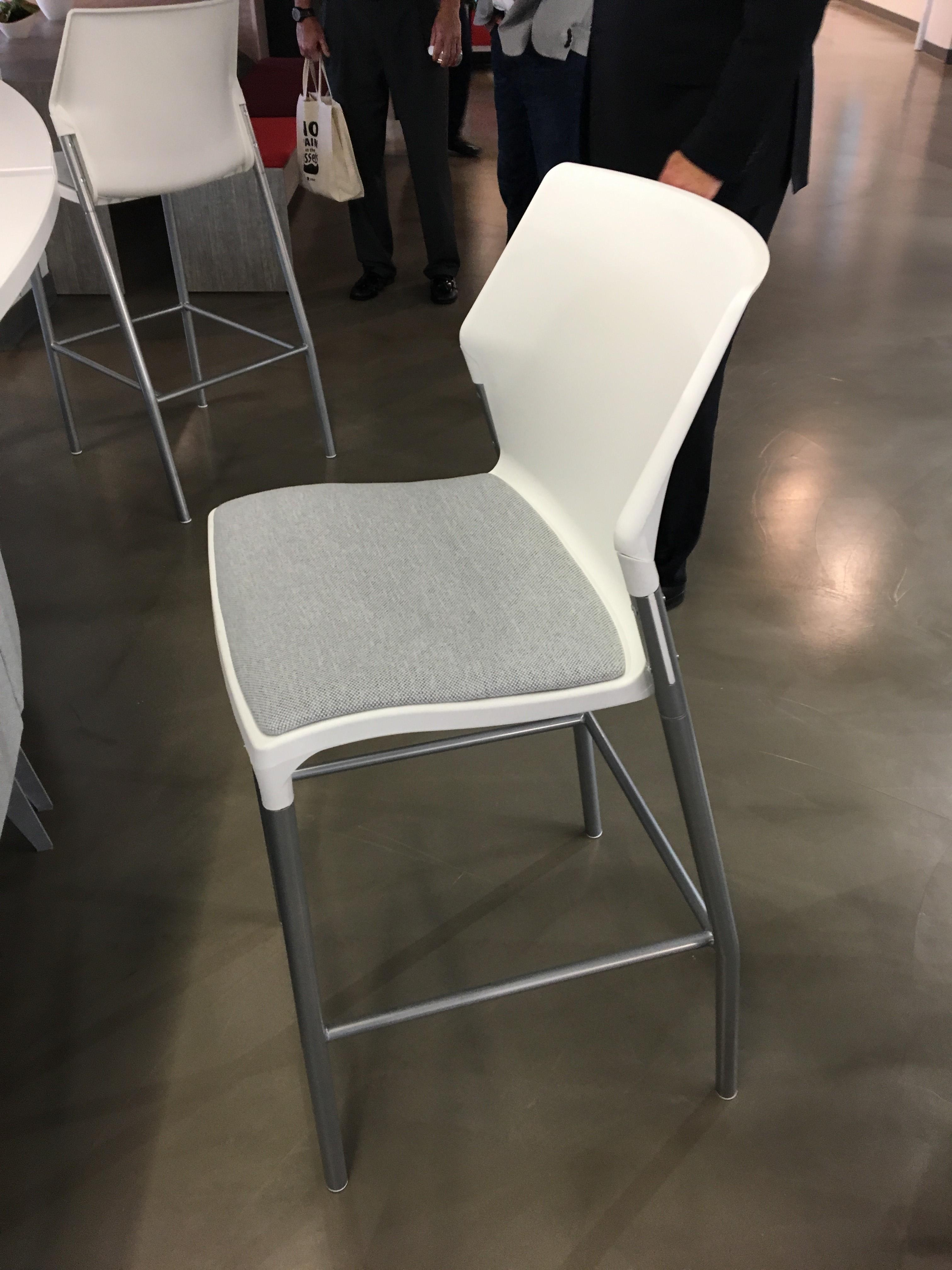 Lacasse io chair