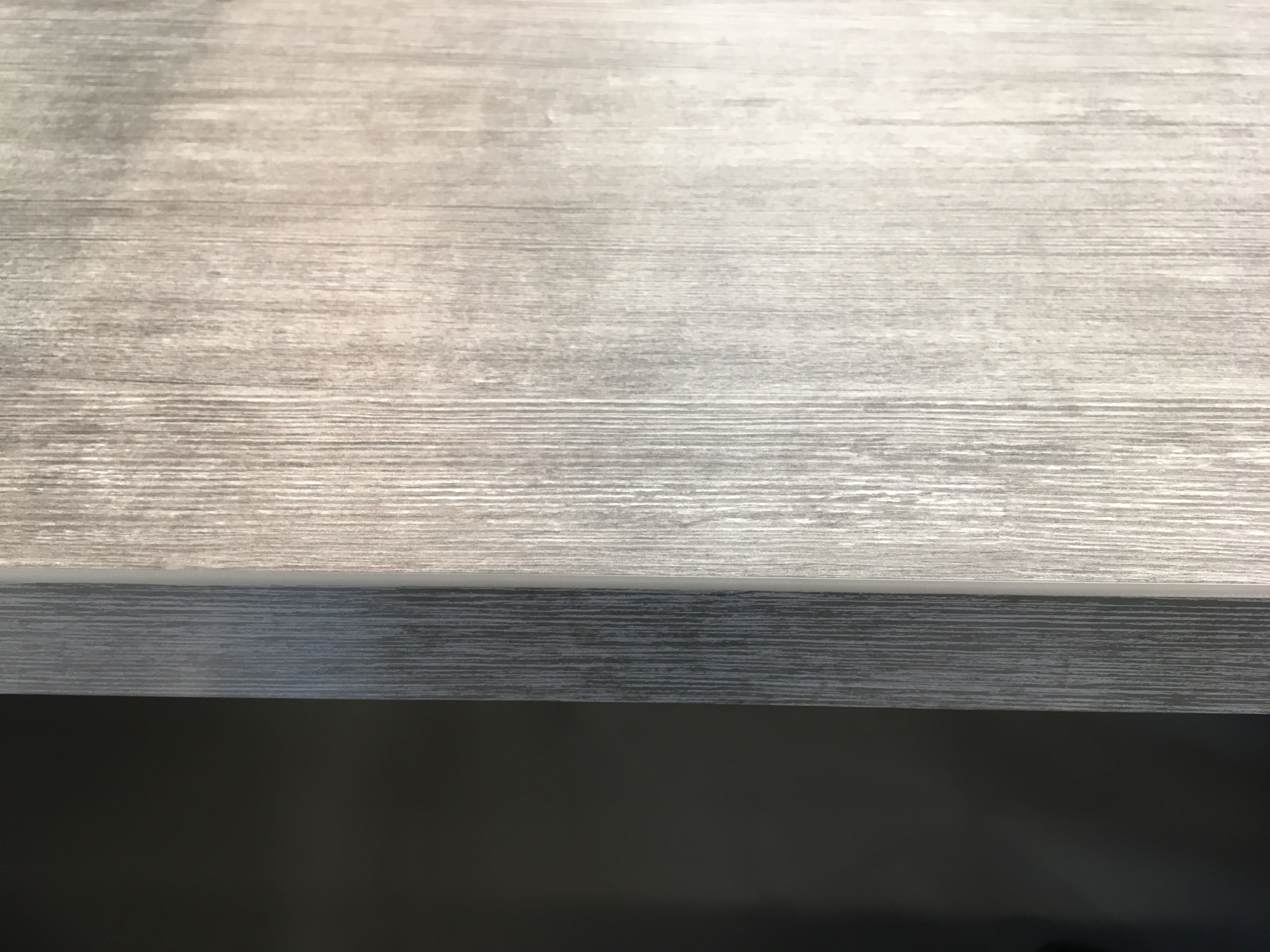 Lacasse laminate edge