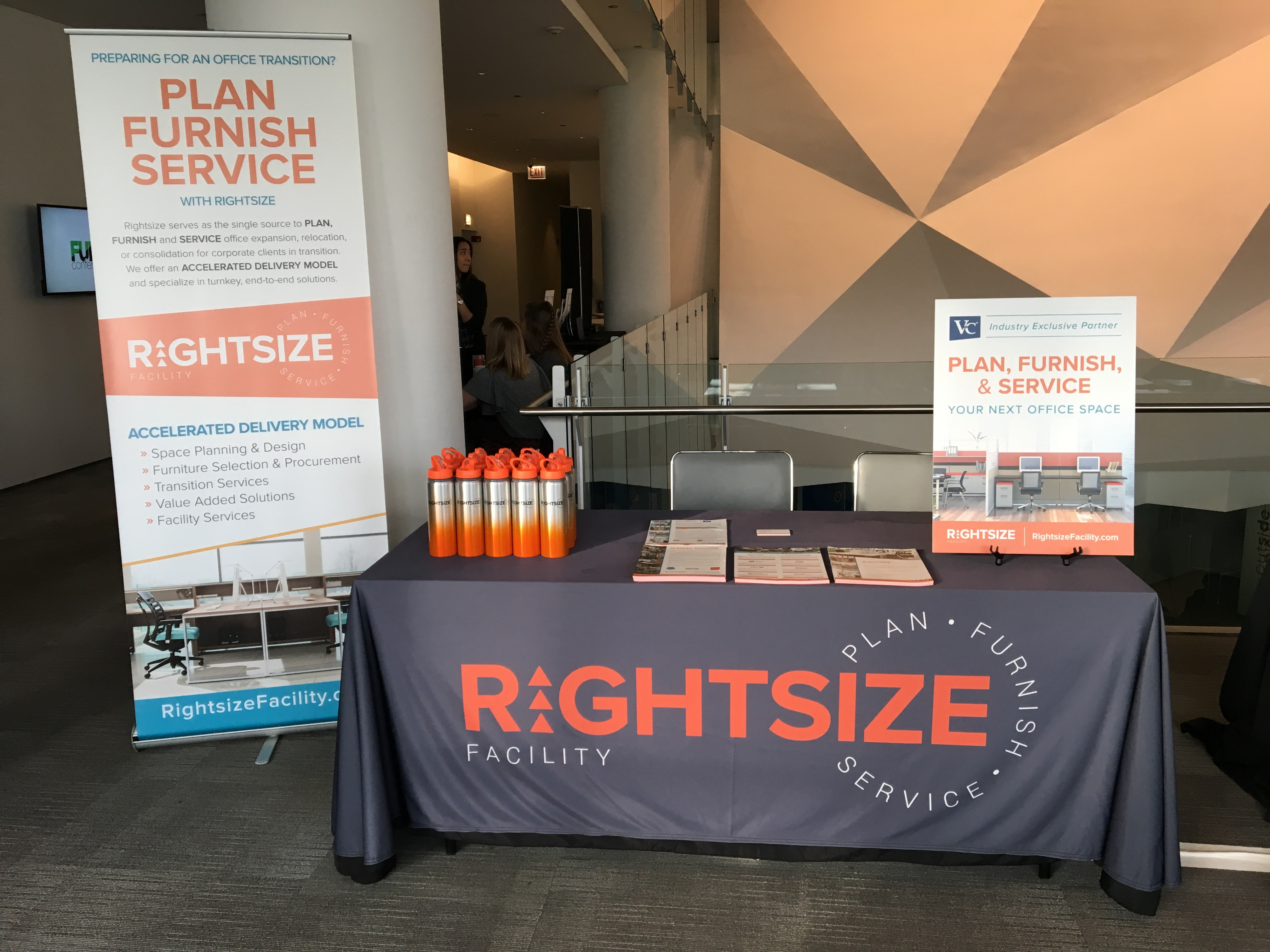 Rigthsize booth.jpg